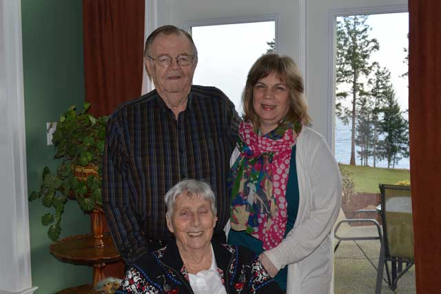 Picture of Deborah, Eric & Betty