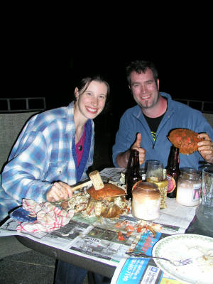 "John & Jenn learn how to eat crabs ""Maryland style"" at Two Eagles"
